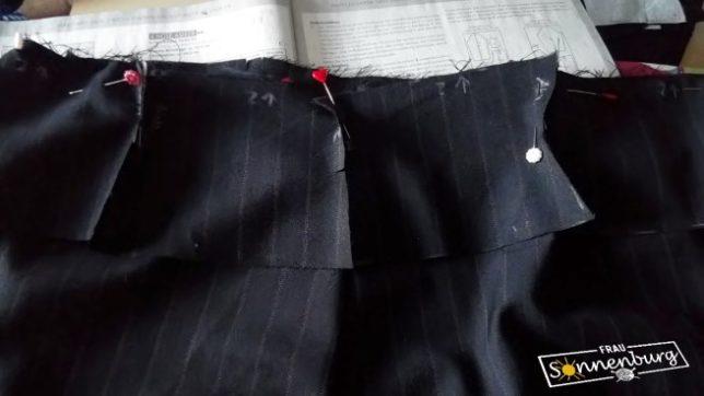 Novembewetter Sew Along - Amber - Marlenehose - Fashionstyle - Damenhose mit geradem Bein - Stoff - Bundanpassung