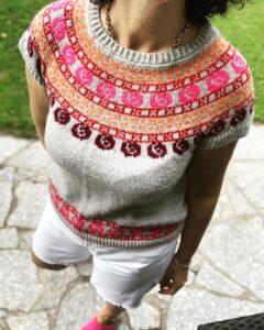 Andrea Brauneis - Strickzeit - Blütenreigensweater - im Interview